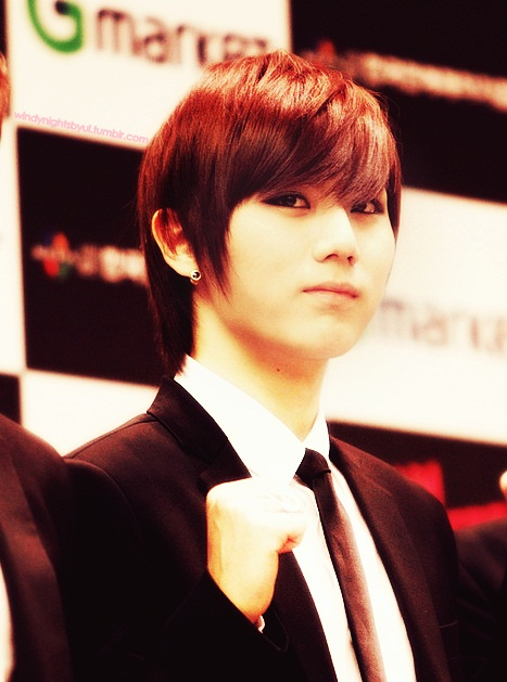 http://kmagistra.files.wordpress.com/2012/01/hyunseung.jpg